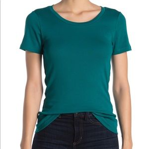 NWOT J. Crew Perfect Fit T-shirt in Academic Green